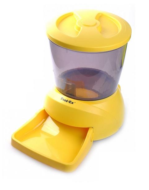 Автоматическая кормушка для кошек и собак мелких пород с ЖК-дисплеем Feed-Ex желтая (1 шт).