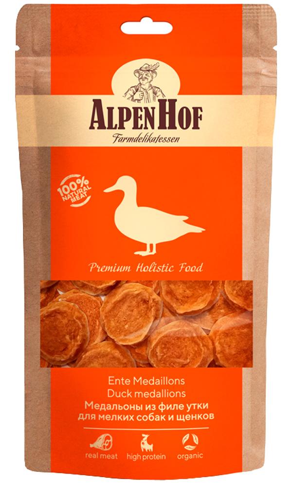 Лакомство AlpenHof для собак маленьких пород и щенков медальоны с уткой 50 гр (1 уп)