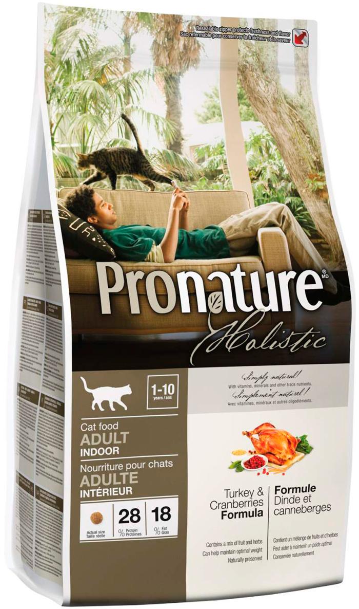 Pronature Holistic Cat Adult Indoor для взрослых кошек живущих дома с индейкой и клюквой (5,44 + 5,44 кг)