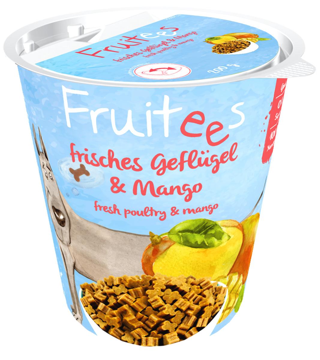 Лакомство Bosch Fruitees полувлажное для собак с птицей и манго 200 гр (1 шт)